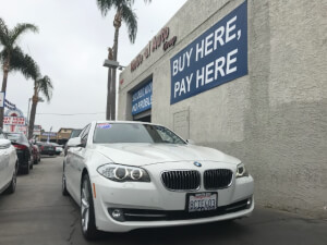 2011 BMW 5 Series Photo