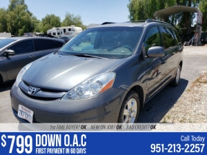2008 Toyota Sienna Photo