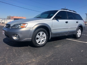 2005 Subaru Outback Photo