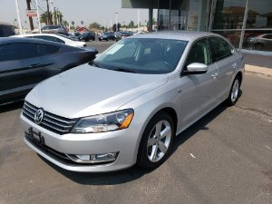 2015 Volkswagen Passat Photo