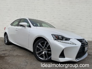 2019 Lexus IS 300 Photo