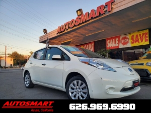 2017 Nissan LEAF Photo